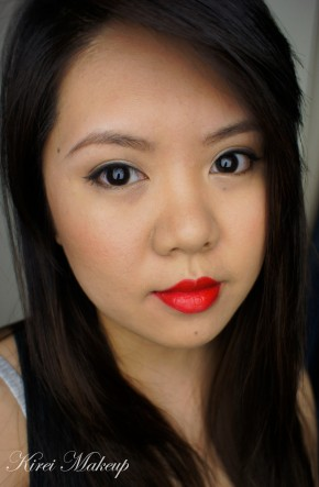 classic red lipstick makeup